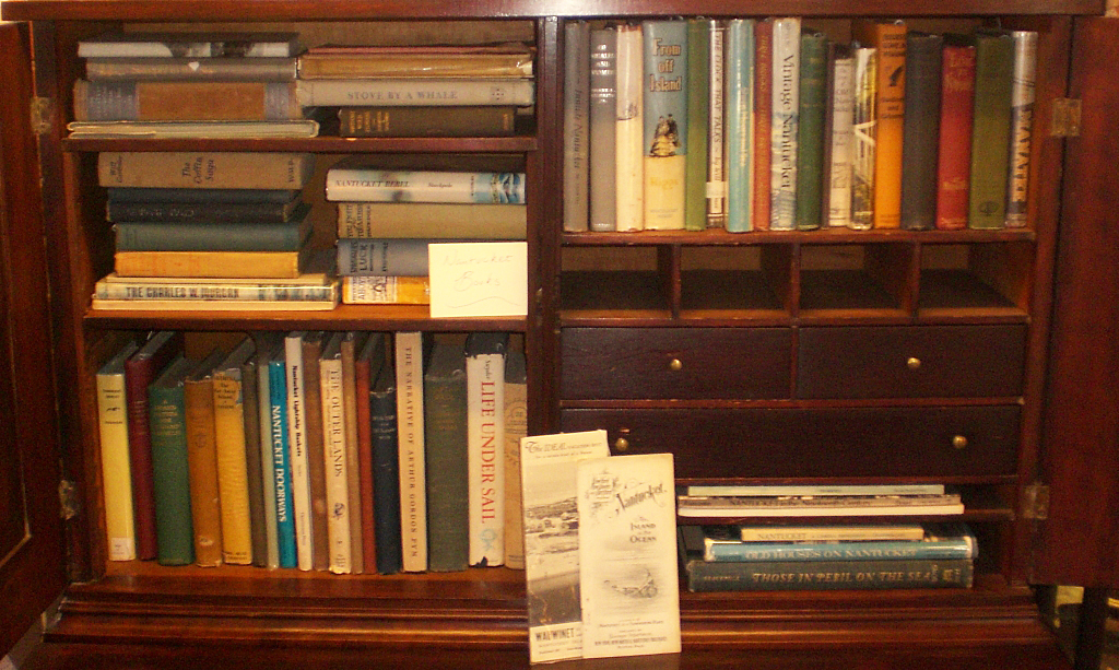 Collecting rare books antiques and collectibles for Valuable antiques and collectibles