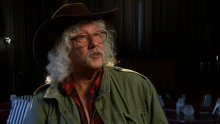 Arlo Guthrie interviewed in Cherry Cottage, screened by Nantucket Preservation Trust