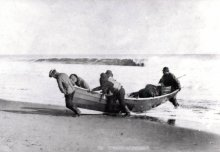 Dory Fisherman.  Photograph Courtesy of the Nantucket Historical Association.
