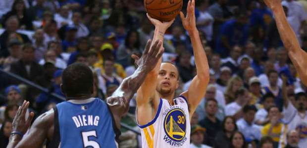Stephen Curry making three-point shot