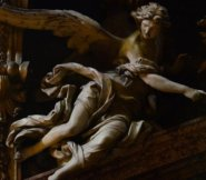 Sturdily aloft on marble wings, at the Chiesa del Gesu