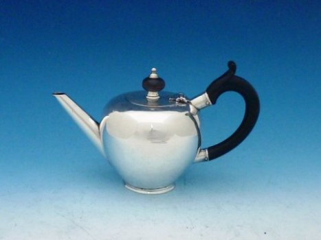 Earliest Known Cork Silver Teapot by Thomas Lilly, 1723